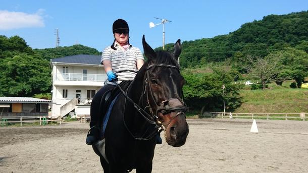 22歳のベテランセラピー馬 ダンディアローとレッスン