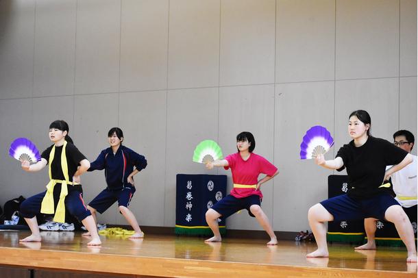 葛巻高校練習風景