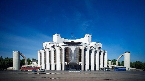 ノヴゴロド市ドストエフスキー記念アカデミー・ドラマ劇場