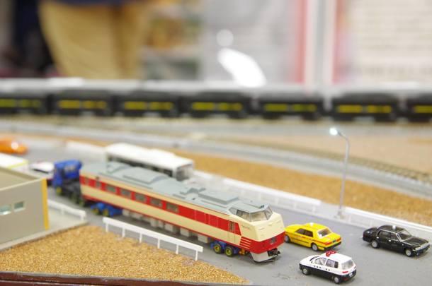 キハ183輸送模型