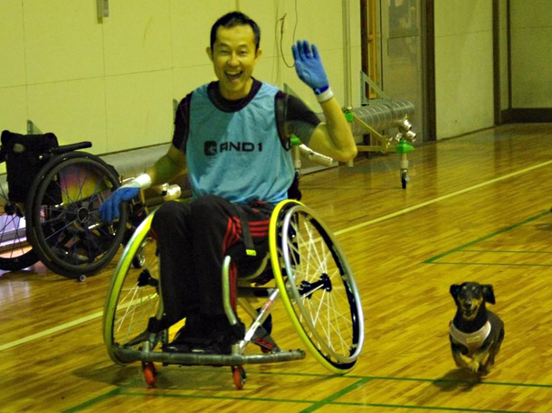 愛犬とバスケ