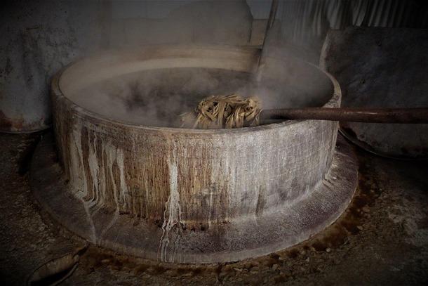長田製紙所 天然紙 楮 煮る