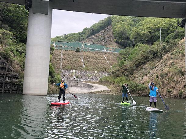 ダム湖「芙蓉湖」でSUP