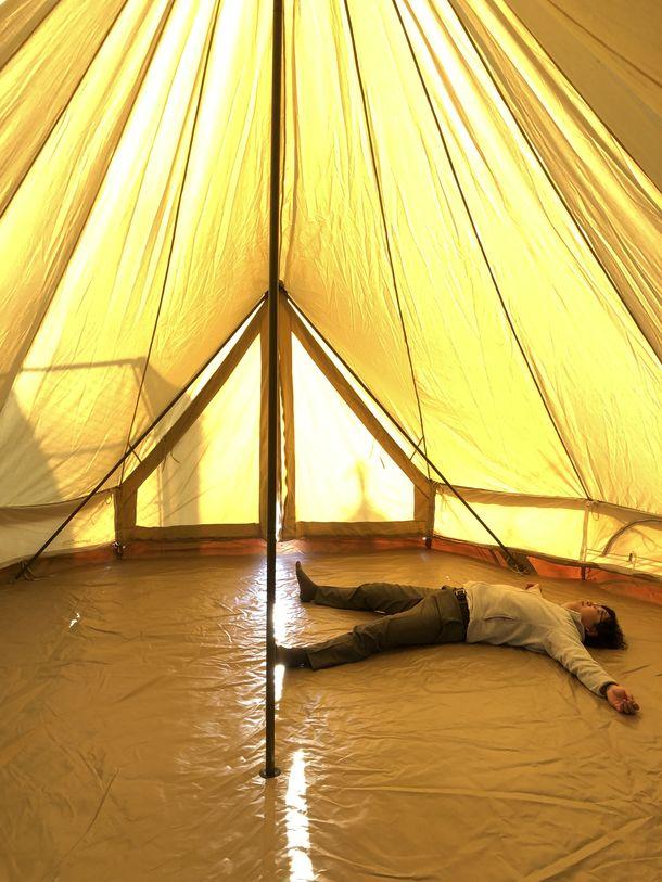 グランピング用テントの中