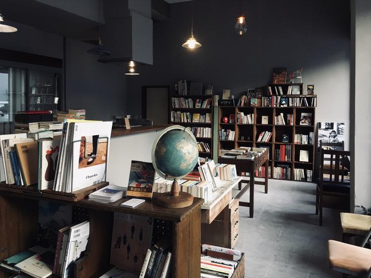 ココカ古書店入り口からの風景