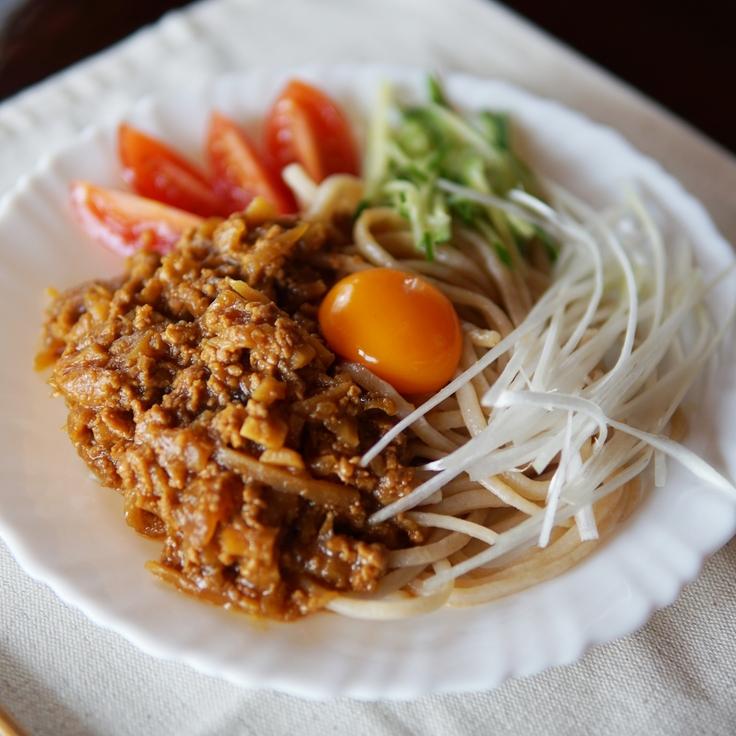 発芽玄米めんで食べるジャージャー麺