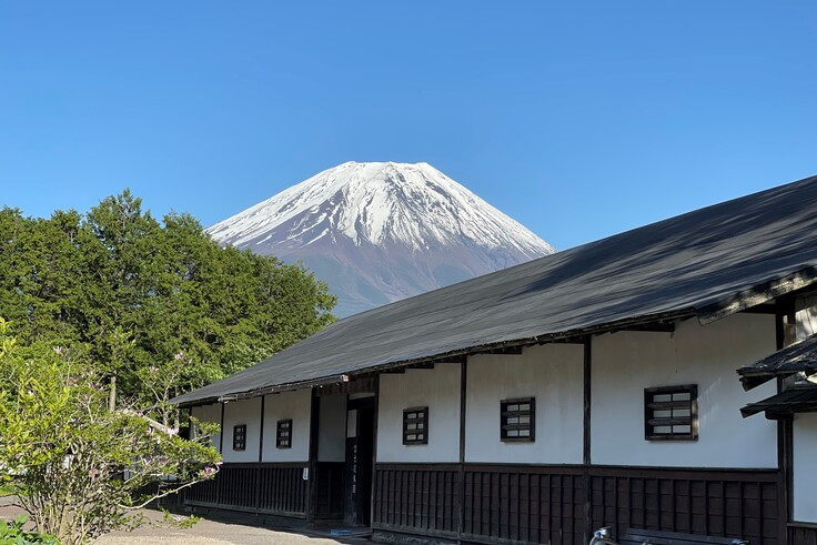2021年5月9日よく晴れた日富士花鳥園入り口