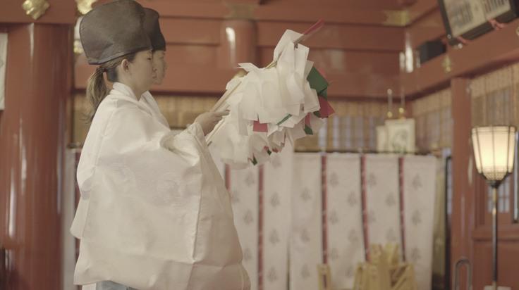 神社で奉納される石見神楽