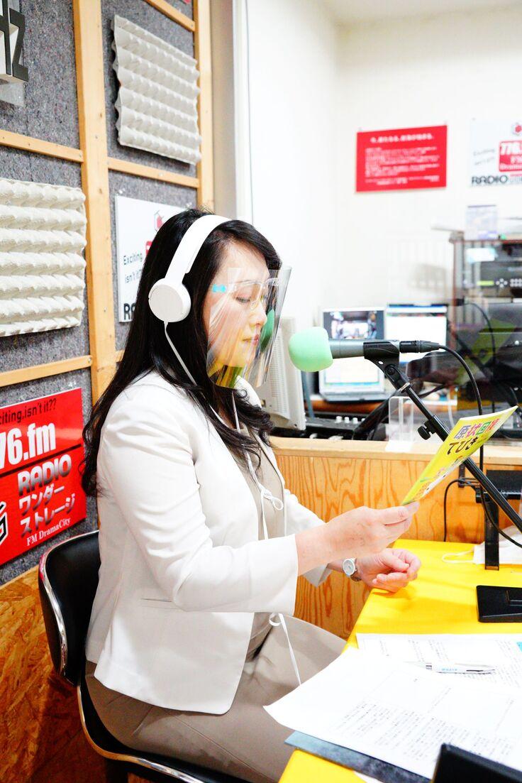 毎月2回生放送でシベリア抑留を伝えています。