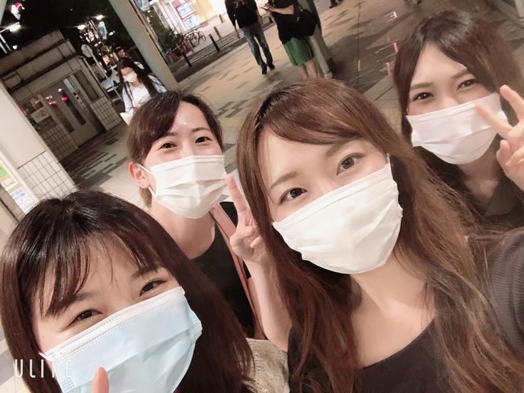 自分は日本の職場に溶け込める事に感謝します。日本人の友達ができ、友達は文化や考え方の違いで悩んむ私に日本人はこう思いますよと教えていただきました。それで、だんだん日本の職場で楽しく仕事ができました。しかし、こう教えてくれる方がいない事は外国籍看護師が抱えいる問題。なかなか職場の文化の理解ができないです。