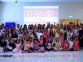 カンボジア女性が夢を叶えるためにアートスクールに通う奨学金を