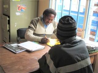 ケニアのカンゲミ・スラムで結核に苦しむ住民を救いたい!