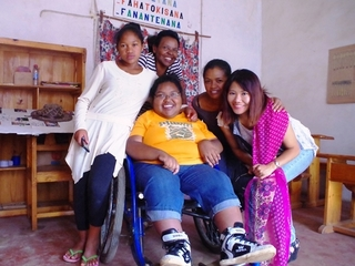 マダガスカルの障がい者を支えたい。彼女達の居場所を作ります!