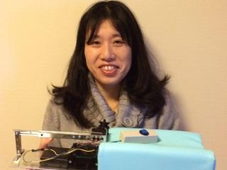 障がい者の明日を笑顔に!世界初の指のリハビリ機器を届けたい