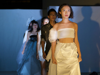 19歳学生クリエイターの挑戦!ファッションに想いを込めて