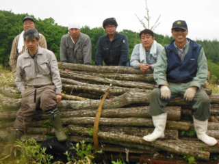 北海道十勝、池田町の製炭業を守るため森の管理人を増やしたい!