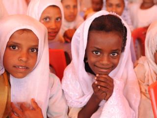 スーダンの砂漠地帯で暮らす1万人に安全な水を届けたい!