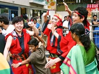 若者6人の挑戦!阿波踊りを通じて日本の魅力をパリに届けたい!