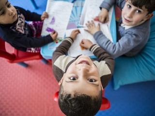 1,000人のシリア難民の子どもたちに安心して学べる場を届けたい