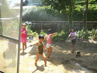 シュタイナー幼稚園を整備し、子供が自由に過ごせる庭を作りたい