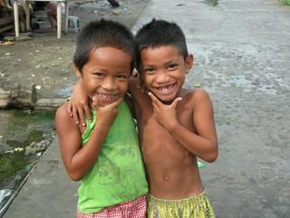 台風の被害にあったタクロバンの子供たちを笑顔にさせたい!