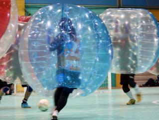 学生連盟を設立し、バブルサッカーをメジャースポーツにしたい!
