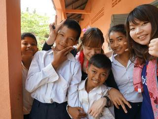 カンボジアの子供たちに向けて、職業を紹介する冊子を作りたい!