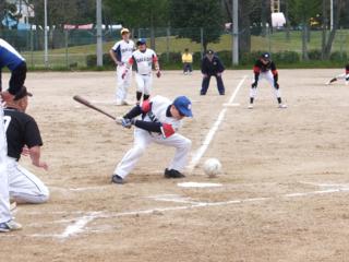 全盲選手が戦う!強豪6チームのグランドソフトボール大会開催!