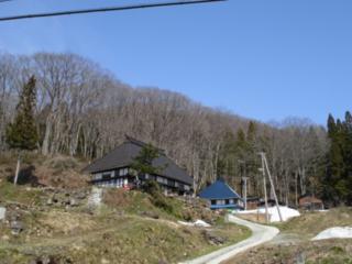 長野県小谷村に古民家を改修した茅葺屋根のゲストハウスを!