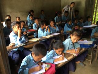 ネパール大地震により中止になった学校建設を学生14人が再挑戦!