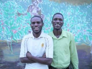 未来へつなげ!貧困家庭で育ったルワンダの若者2人が幼稚園設立