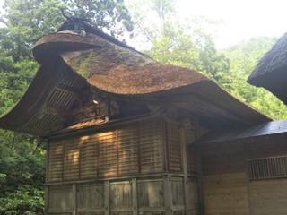安久津八幡神社を守り日本古来の萱屋根木造建屋を未来につなぐ