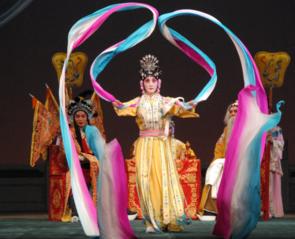 若者に中国の伝統芸能「京劇」を観劇するチャンスを広げたい!