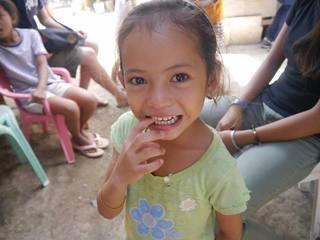 フィリピンの孤児院に住む子ども達に笑顔と物資を届けます!