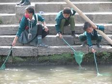 課外授業を行いネパールの汚れた川を子どもの手でキレイにしたい