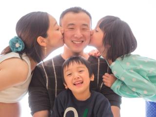 清水家5人の夢を乗せ、「子育て応援Cafeくじら」が沖縄を走る!