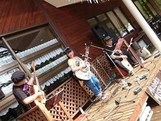福島県裏磐梯の秘境で、商用電力を使わない青空音楽会を開催!