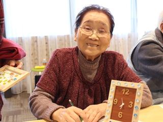 復興住宅に住む高齢者に「手作り」を通して笑いあえる機会を