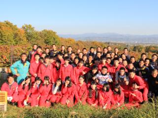 """小樽のブドウ""""旅路""""を使ったワイン作りに、地元の高校生が挑戦!"""