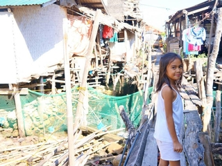 巨大台風で被災したフィリピンの島で学生がワークキャンプを開催!