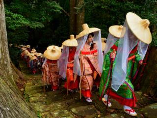 """平安時代へタイムトリップ!時代衣装で""""蟻の熊野詣""""を体感!"""