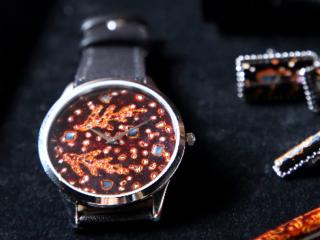 腕時計とのコラボで、若狭塗の新しい世界を拓く