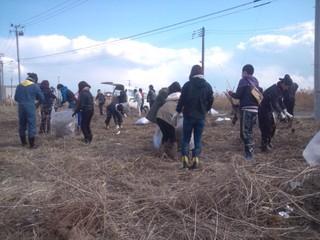 津波で被災した宅地跡等を草刈り瓦礫撤去等をし綺麗にしたい