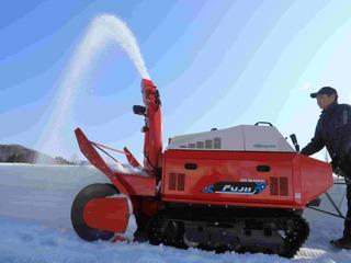 旭川市から雪国の悩み解決のため、個人向け除雪機のレンタルを!