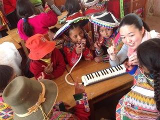 ペルーの子どもたちに使われていない鍵盤ハーモニカを届けたい!