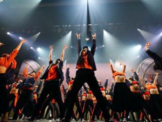 学生団体D-mcがプロにも負けない公演を作り上げる!