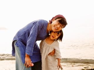 福島の原発と向き合う100人の母たちの写真展を静岡で開きたい