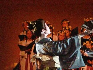 100年以上の歴史を持つ伝統的な地唄舞を海外で披露し普及する