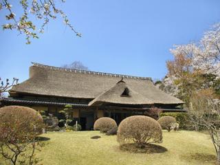 北大路魯山人の住居「春風萬里荘」の庭園を改修し、永く後世へ。