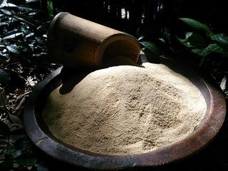 荒れた竹林を宝に変える発酵竹パウダー作り手・使い手倍増計画!